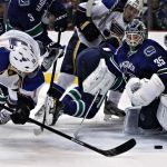 Vancouver Canucks held off the St. Louis Blues, 3-2