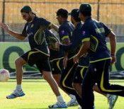 વર્લ્ડકપ દરમિયાન ટ્વીટ કરવું પાકિસ્તાનના ખેલાડીઓને પડી શકે છે ભારે #worldcup #Twitter #Pakistan #Gemes   #janvaJevu