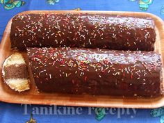 Metrový koláč :: Recepty Travel Cake, Russian Recipes, Eclairs, Hot Dog Buns, Sweet Recipes, Food And Drink, Sweets, Bread, Cookies