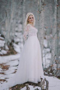 6668fd376f56 Νυφικό Jota Matiaki   Φωτογράφιση Γάμου Gregory Kalampoukas Bridal  Accessories, Wedding Shoes, Wedding Accessories