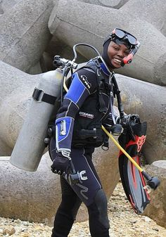 Staff Sergeant Juanita Towns, U. part of the Female Engagement Team in Afghanistan Scuba Wetsuit, Scuba Girl, Womens Wetsuit, Marine Corps, Scuba Diving, Golf Bags, Motorcycle Jacket, Suits, Female