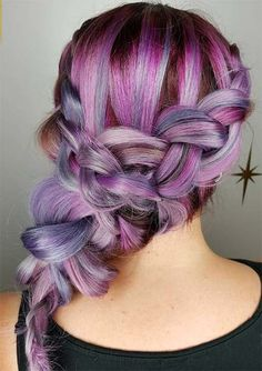 15 Must Have Dark Purple Hair Colour Ideas published in TopTeny magazine Lifestyle - %%excerpt%% Looking for fresh rocking colour ideas? You should give some thought to these exciting dark purple hair shade ideas. Trendy Hairstyles, Braided Hairstyles, Hairdos, Medium Hairstyles, 4 Braids Hairstyle, Hairstyle Ideas, Hair Ideas, Dark Purple Hair Color, Loose French Braids