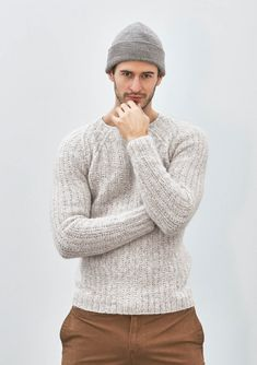44e94657 11 - Sweater with structural pattern, knitted in Kos