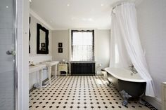 classic black & white #clawfoot, #bathroom