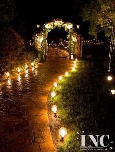 Garden Wedding Ideas for Beautiful Outdoor Wedding Decor Garden Wedding Ideas Beautiful Decorations for a Fun. Talking about outdoor weddings, a garden is without question the best option, it allows for endless and limitless ideas. Wedding Trends, Trendy Wedding, Perfect Wedding, Dream Wedding, Wedding Ideas, Wedding Planning, Wedding Summer, Wedding Photos, Wedding Blog