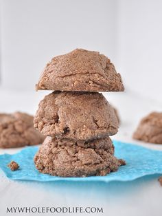 vegan: 4 ingredient flourless cookies...