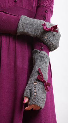 cozy fingerless mittens for chilly hands :)