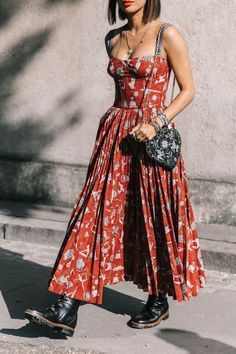 14 Affordable Maxi Dresses Tall Girls Will Want to Live in This Summer - Fashion Moda 2019 Look Hippie Chic, Look Boho, Bohemian Style, Bohemian Fashion, Gypsy Style, Boho Gypsy, Hippie Style, Mode Outfits, Fashion Outfits