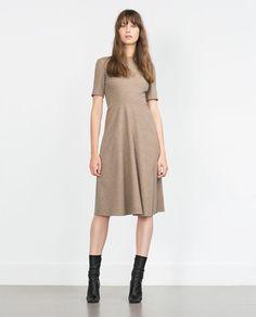 Imagem 1 de VESTIDO SAIA CAPA da Zara