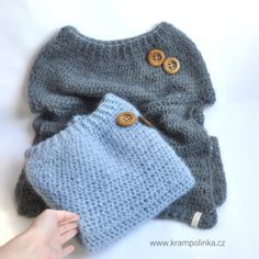 {:0}Nadýchané háčkované pončo z mohérové příze - www.krampolinka.cz Fingerless Gloves, Arm Warmers, Pullover, Classic, Sweaters, Fashion, Fingerless Mitts, Moda, Cuffs