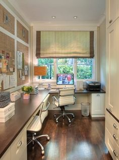 Corner Office Designs and Space Saving Furniture Placement Ideas Love all the free counter space in this home office. Lots of crafting area!Love all the free counter space in this home office. Lots of crafting area! Tiny Home Office, Small Home Offices, Home Office Space, Home Office Decor, Small Office, Office Spaces, Work Spaces, White Office, Shared Office