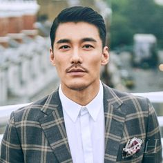 Handsome Asian Men, Handsome Faces, Asian Men Hairstyle, Asian Hair, Chinese Man, Chinese Model, Asian Male Model, Male Models, Classic Hairstyles