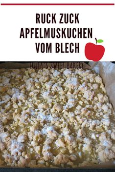 Quick apple pie from the tray-Ruckzuck Apfelmuskuchen vom Blech I have a very simple basic recipe for you … - Greek Diet, Lebanese Cuisine, Queso Fresco, Evening Meals, Medicinal Herbs, Food Items, Cherry Tomatoes, Apple Pie, Apple Sauce