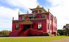 Templo Budista de Três Coroas: o Tibete mora aqui | MATRAQUEANDO