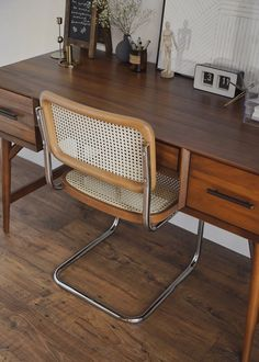 Friday Five: cesca chair