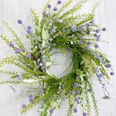Gorgeous spring wreaths for your home - diy spring crafts and spring decor Spring Wreaths, Easter Wreaths, Tool Wreath, Spring Decorations, Christian Decor, Floral Supplies, Spring Crafts, How To Make Wreaths, School Design