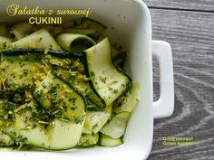 Gotuj zdrowo!Guten Appetit!: Sałatka z surowej cukinii - pyszna