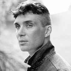 """thedapperproject: """" evabrighis: """"Cillian Murphy, photographed by Richard Gilligan 2014 """" Just finished up the first season of Peaky Blinders and it's the best thing I've seen this year by far, so. Popular Mens Hairstyles, Cool Mens Haircuts, Cool Hairstyles For Men, Easy Hairstyles, Men's Haircuts, Virtual Hairstyles, Female Hairstyles, Celebrity Hairstyles, Cillian Murphy"""