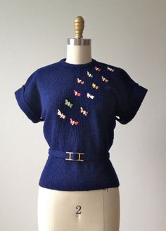 vintage 1940s sweater / 40s knit top / Butterfly Bows