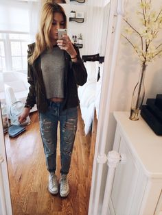 Ootd - Topshop Hayden Super Ripped boyfriend jeans, Brandy Melville crop top, Brandy military jacket, high top Converse :-)