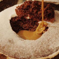 Suflê de Chocolate com Creme de Café