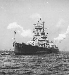 Admiral Graf Spee seen in late 1936 or early 1937. Source: Maritime Quest.