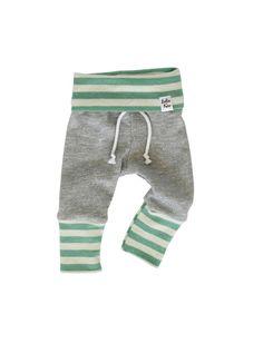 baby jogging sweatpants modern baby sweats by ShopLuluandRoo Fiúbaba  Outfitek 889278a09a