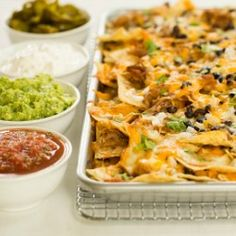 Ultimate Nachos with Beer-Braised Carnitas. Non nom!  Perfect for game day!!!