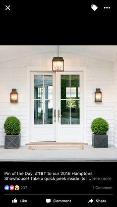 70 best modern farmhouse front door entrance design ideas in Front Door Entrance, Entrance Decor, Entrance Design, House Entrance, Door Design, Exterior Design, Front Entry, Front Stoop, Door Entryway