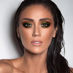 Gorgeous Makeup: Tips and Tricks With Eye Makeup and Eyeshadow – Makeup Design Ideas Eyeshadow For Brown Eyes, Best Eyeshadow, Green Eyeshadow, Eyeshadow Looks, Eyeshadow Makeup, Eyeshadows, Black Eye Makeup, Makeup For Green Eyes, Eye Makeup Tips