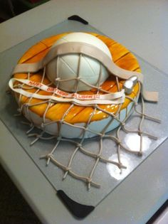 Volleyball Cake - I want this cake for my birthday :)
