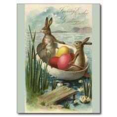 Vintage Osterhasen und Ostereier in einem Boot Postkarte