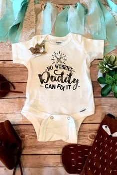 Adorable no worries daddy can fix it onesie It ll would look good on any baby boy or girl sponsored onsie baby elephantbabystuff Adorable no worries daddy can fix it onesie It ll would look good on any baby boy or girl sponsored onsie nbsp hellip Organic Baby Clothes, Cute Baby Clothes, Baby Girl Clothes Daddy, Baby Outfits, Baby Boy Or Girl, Everything Baby, Baby Boy Fashion, Kids Fashion, Kids