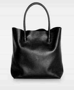 Moo - Decadent - Siri Brodersen - Moretti - The Manual Co - By Who Wardrobe Basics, Smooth Leather, Madewell, Elsa, Purse, Polyvore, Stuff To Buy, Accessories, Black