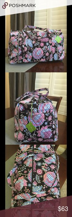 """NWT VERA BRADLEY LARGE DUFFEL Brand new with tags Vera Bradley large duffel  Alpine floral pattern  15"""" strap drop Handy outside end pocket Folds flat for easy storing Dimensions 22"""" W x 11½"""" H x 11½"""" D - 15"""" strap drop  Smoke/pet free home Vera Bradley Bags Travel Bags"""