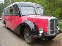 Autocar Saurer CT3D, Carrosserie Besset, de 1937 restaure par l'assocation Autocars Anciens de France grace a l'aide de la Fondation du Patrimoine