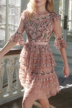 Paradise Dress in Vintage Rose from the Pre-Fall 18 Needle & Thread collection. … Paradise Dress in Vintage Rose from the Pre-Fall 18 Needle & Thread collection. Moda Outfits, Dress Outfits, Fashion Dresses, Dress Up, Tulle Dress, Fashion Clothes, Mini Vestidos, Vestidos Vintage, Vintage Dresses