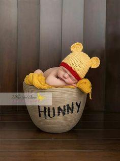 Winnie-the-Pooh Newborn photography www.,Winnie-the-Pooh Newborn photography www. Winnie-the-Pooh Newborn photography www. Foto Newborn, Baby Boy Newborn, Newborn Pictures, Baby Pictures, Baby Boy Photos, Photo Bb, Winnie The Pooh Nursery, Shooting Photo, Baby Arrival