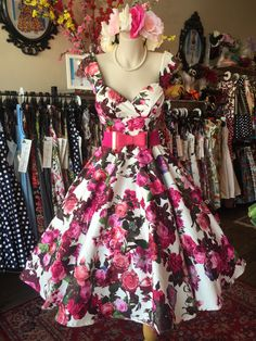 ab22ba0b9514 50s Style Skirts, 50s Dresses, Little Dresses, Pretty Little Dress, Maggie  Mae