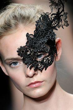 Valentino - Haute Couture Fall Winter - Shows - Vogue. Valentino Couture, High Fashion, Fashion Show, Lace Mask, Masquerade Party, Halloween Masquerade, Masquerade Costumes, Beautiful Mask, Beautiful Women