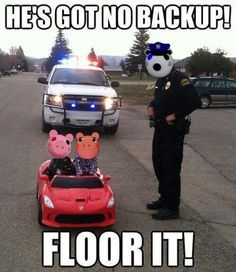 Made by me(Danmonca) Stupid Funny, Haha Funny, Funny Memes, Roblox Funny, Pig Character, Baby Halloween Costumes For Boys, Best Gaming Wallpapers, Fnaf Drawings, Mundo Comic