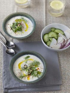 Cold soup with dill yogurt (Turkey) - cacik - Soupes - Chilled Soup, Gazpacho, Fresh Rolls, Cheeseburger Chowder, Hummus, Turkey, Crockpot, Healthy, Ethnic Recipes