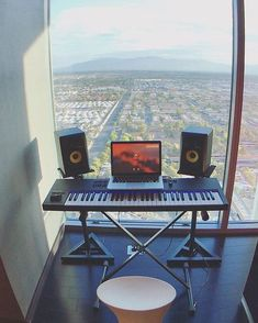 Quite the view for music production. Recording Studio Home, Home Studio Music, Studio Gear, Studio Setup, Computer Setup, Piece Of Music, Small Studio, Listening To Music, Beats