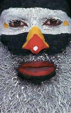Kongel-Tribe--Papua-New-Guinea-Malcolm-Kirk פפואה גינאה החדשה www.papua-by-raz.co.il