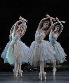 Swan Lake - Royal Ballet    photo by (c) Dave Morgan