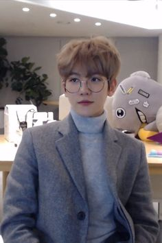 Find images and videos about kpop, exo and baekhyun on We Heart It - the app to get lost in what you love. Chanbaek, Kaisoo, Exo Ot12, Baekhyun Chanyeol, Exo Chen, Luhan And Kris, Bts And Exo, Hapkido, K Pop