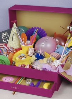 party in a box by victoria & victoria of giftwraphq!