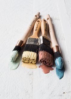 Kwasten met zachte pastel kleuren