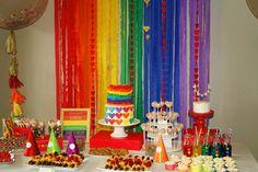 Rainbow Party Cake table #rainbowparty #rainbowpartycake #rainbowpartybackground
