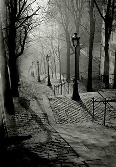 Escaleras de Montmatre.  If you've been there, you'll know why we fell in love with it.